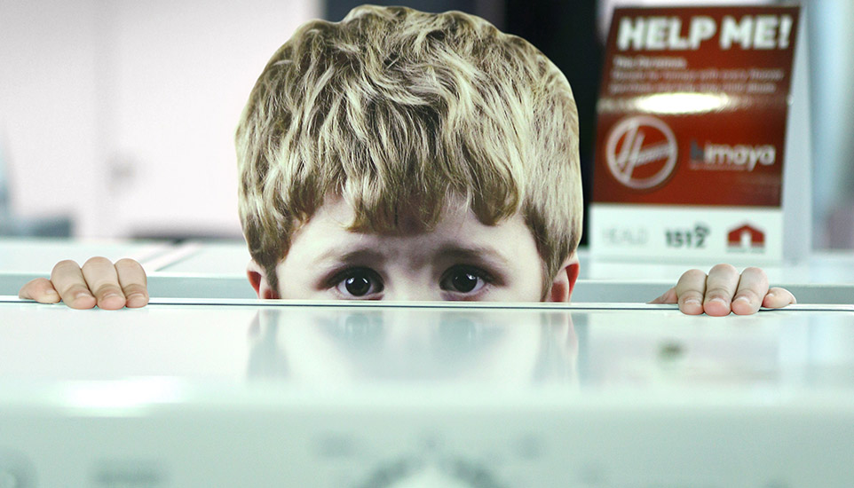 WonderEight's Hoover/Himaya Campaign CSR is a Haunting Eye-Opener on the Issue of Child Abuse