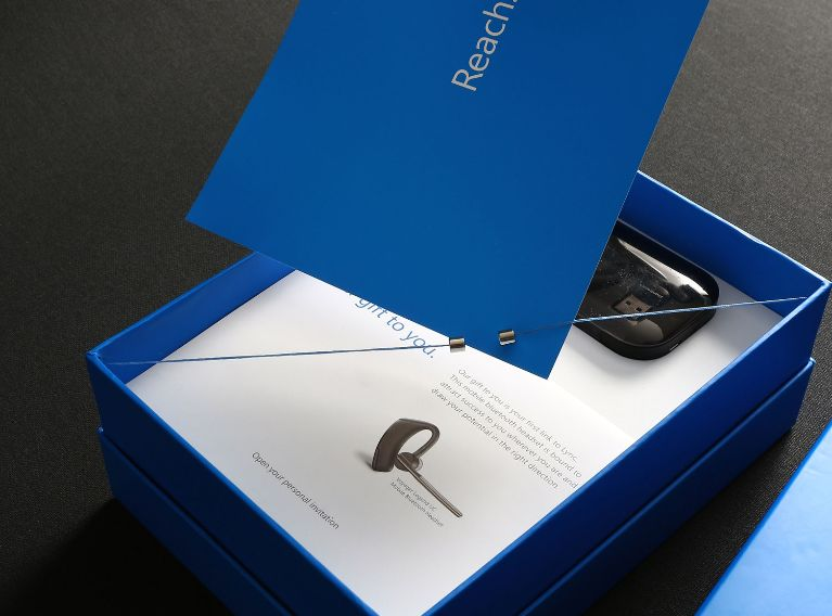 Microsoft – Corporate Gift Packaging Design Matching The Innovative Product